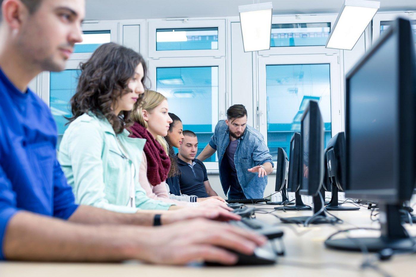 IT Startups: Spring into Success on GSA's $15 Billion Schedule 70